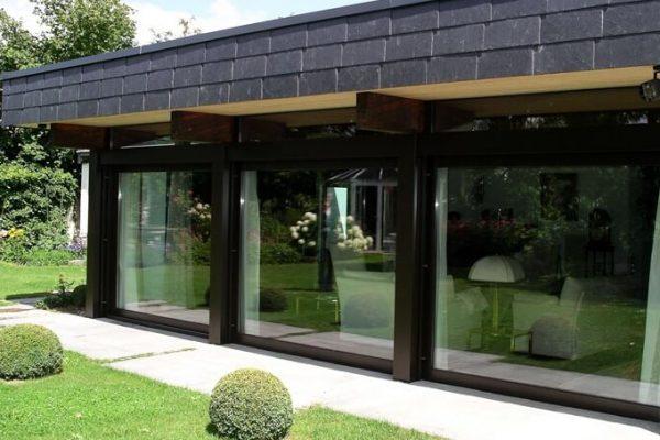 bodentiefe Fenster Front für Flachdach Bungalow