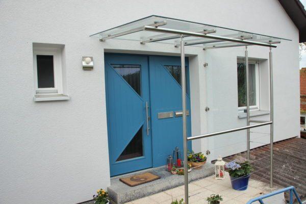 Vordach Glas Edelstahl für Hauseingang