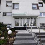 schöne Haustüren mit Vordach in 71101 Schönaich