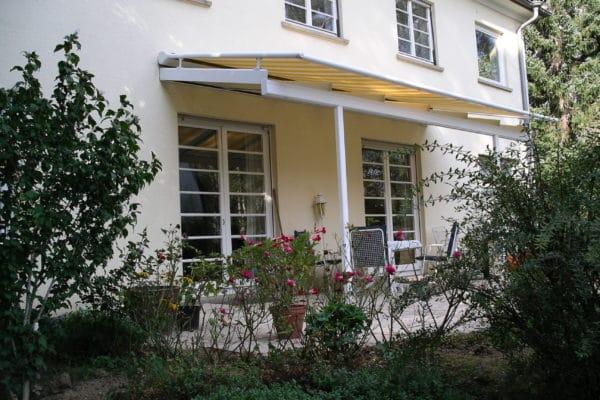 Terrassendach mit Überglasmarkise in Stadtvilla in 70565 Stuttgart-Vaihingen