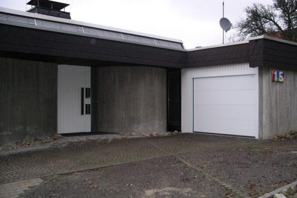 Haustuere-passend-zum-Garagentor-Familie-Ott-in-Boeblingen