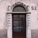 Haustüre aus Holz mit Sprossen in 70180 Stuttgart mit Rundbogen Oberlicht