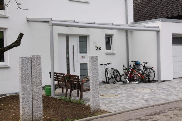 Überdachung für den Eingangsbereich in 71034 Böblingen Diezenhalde