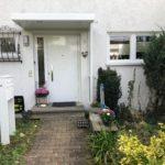 Haustüre mit Vordach montiert in Sindelfingen Maichingen
