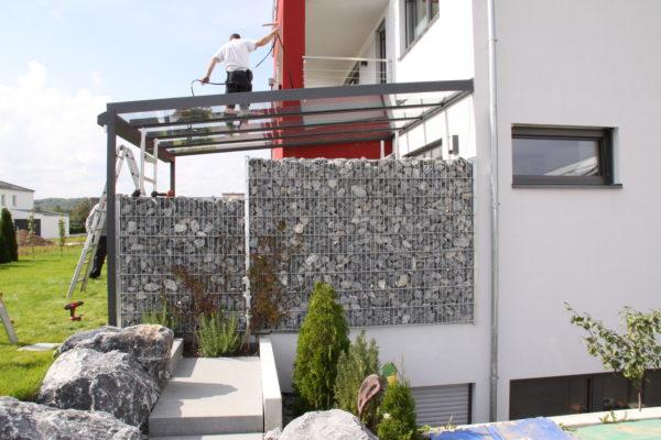 Überdachung für Terrasse mit Sonnenschutz
