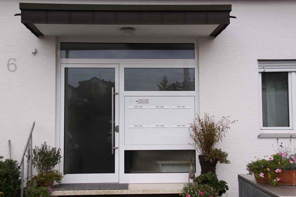 Mehrfamilienhaus_Haustuere_Lieber