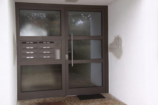 Haustüre Mehrfamilienhaus in 71065 Sindelfingen