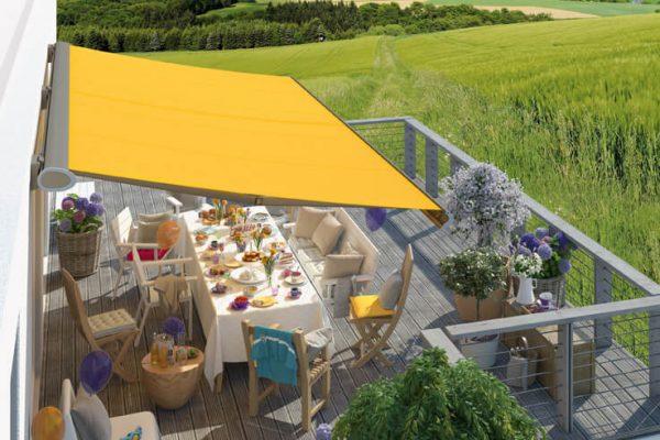 Sonnenschutz für Balkon mit Markise in bunten Farben mit pflegeleichten Tüchern in 71134 Aidlingen