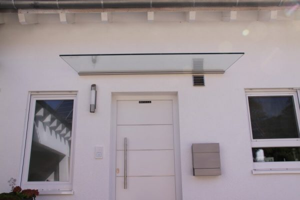 Vordach für Haustüre Modelll Lumo in 71139 Ehningen